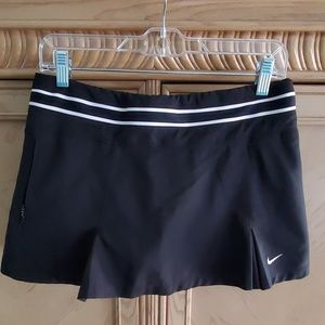 Nike black skort